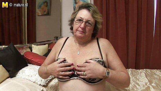 Jeanna Fine et trois vieilles film francais amateur porno salopes