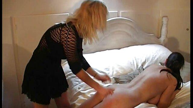 Béatrice aux gros seins secrétaire film amateur francais x au bureau sexe