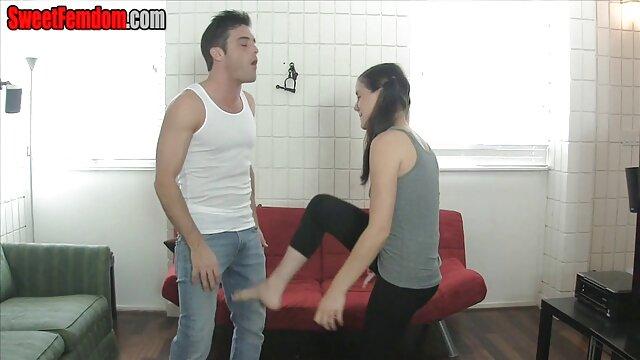 Femme utilisant son kit de film porno francais amateur gratuit son Rosebud sur mari-1