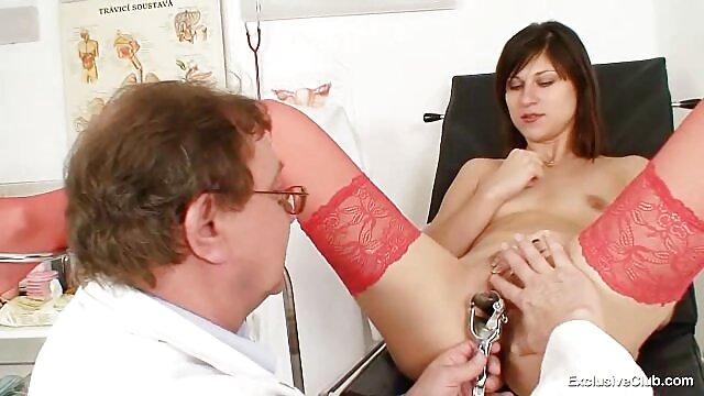 Culotte et video xxx amateur francais ceinture en dentelle jupe plissée