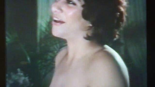 Mamie film amateur francais x excitée