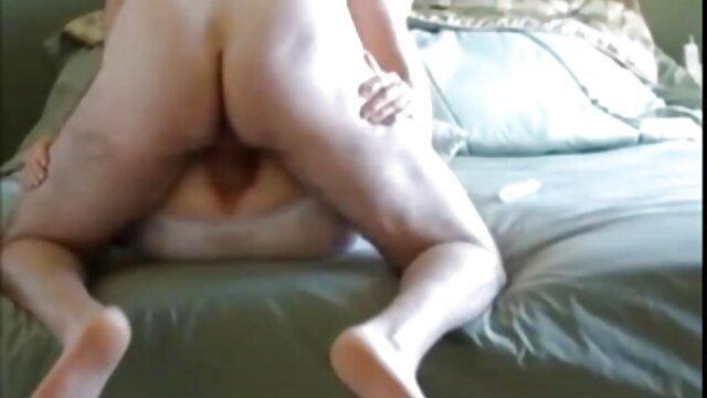 Kinky Babe gonfle sa chatte amateur xxx francais avec une pompe