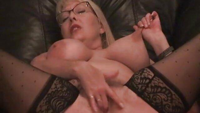 Cocu par film porno amateur française un nerd total!
