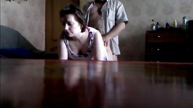 Mamie se film porno amateur français fait éjaculer sur le visage