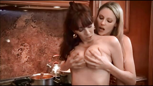 Jumelles lesbiennes à film complet porno amateur nouveau