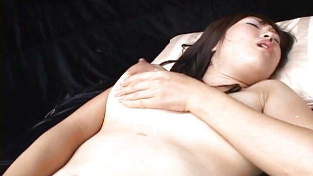 Il baise grossièrement sa film x gratuit amateur francais sale copine